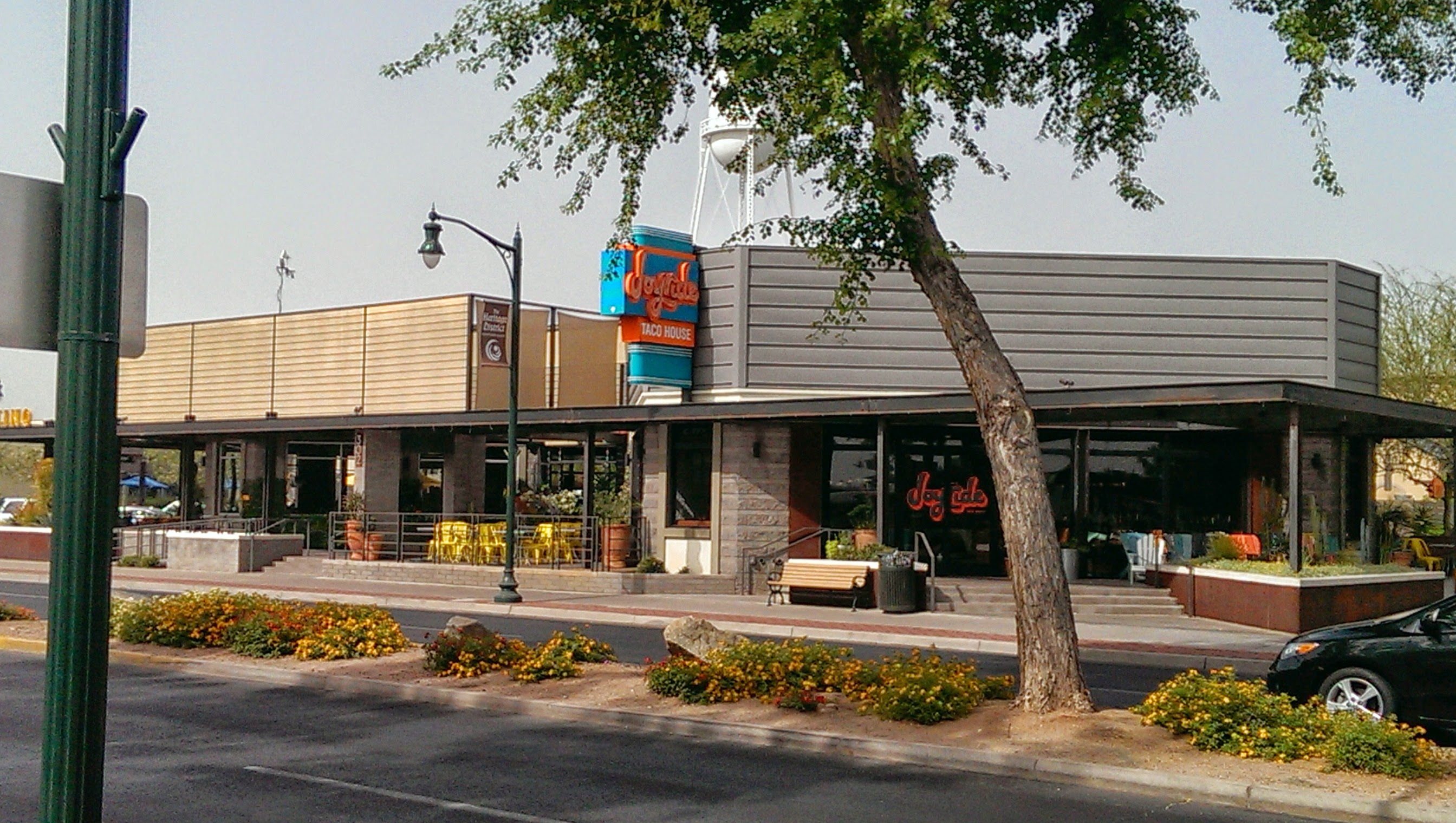 Picture of Businesses in Downtown Gilbert, Arizona from www.swpremierins.com